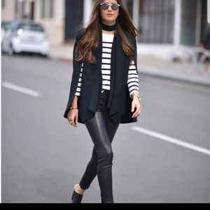 NWT Who What Wears Stunning Black Cape Blazer NEW